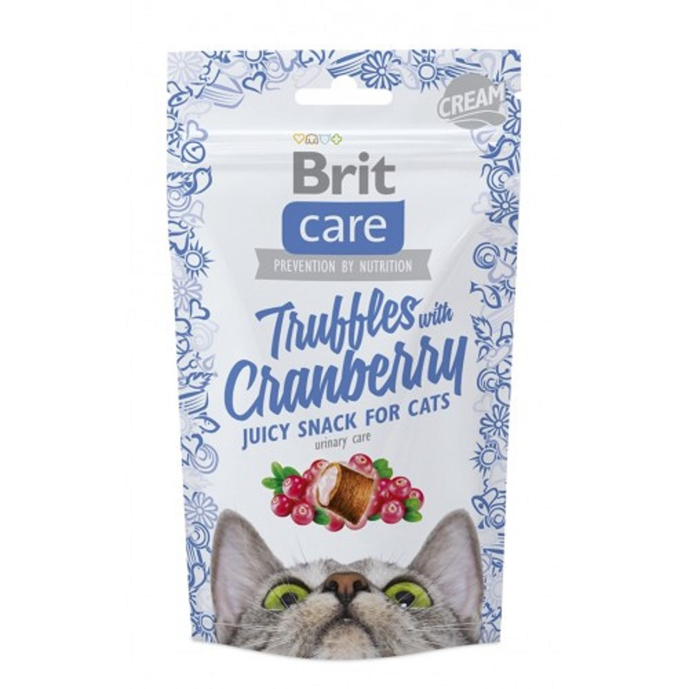 Brit care truffles s brusinkami 50g